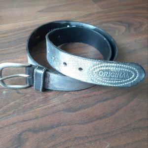 2× $25 Levi's belt silver leather unisex